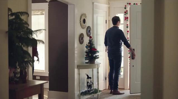 ACE Hardware TV Spot, 'Wrap It in Red: Delivery' - Thumbnail 5