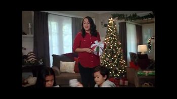 Big Lots TV Spot, 'Holidays: Ornaments' - Thumbnail 6