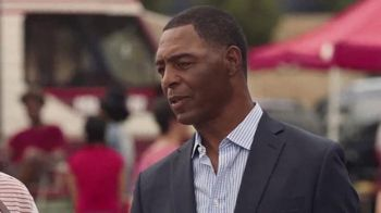 Dr Pepper TV Spot, 'College Football: Tailgate' Featuring Marcus Allen - Thumbnail 9