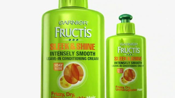 Garnier Fructis Sleek & Shine TV Spot, 'Stronger' Song by POWERS - Thumbnail 4