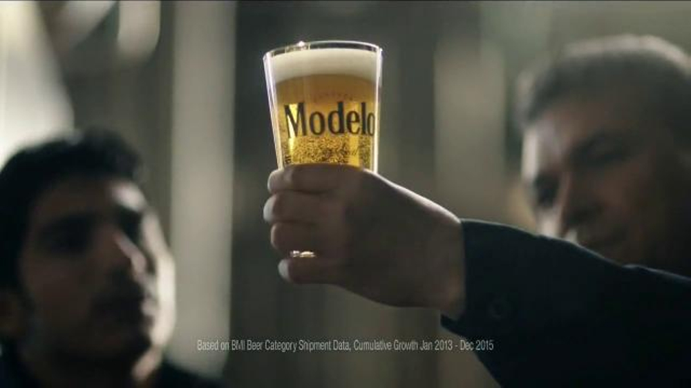 Modelo TV Commercial, 'Play the Game'