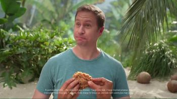 KFC $20 Family Fill Up TV Spot, 'Fun in the Sun' Featuring George Hamilton - Thumbnail 7