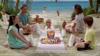 KFC $20 Family Fill Up TV Spot, 'Fun in the Sun' Featuring George Hamilton - Thumbnail 8
