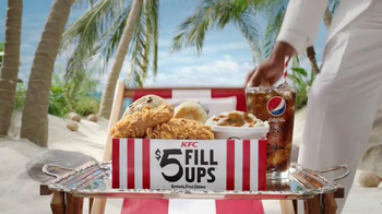 KFC $5 Fill Up TV Spot, 'Tray' Featuring George Hamilton - Thumbnail 6