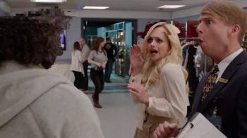 Verizon TV Spot, '30 Rock: Smart TV' Feat. Jack McBrayer, Jane Krakowski - Thumbnail 5