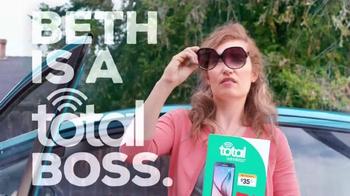 Total Wireless TV Spot, 'Beth: A Total Boss' - Thumbnail 2