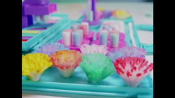 PomPom Wow Decoration Station TV Spot, 'Decorate' - Thumbnail 4