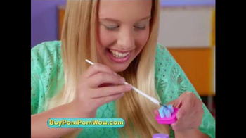 PomPom Wow Decoration Station TV Spot, 'Decorate' - Thumbnail 6