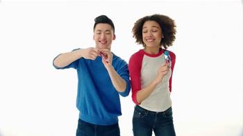 Airheads TV Spot, 'Twist It' - Thumbnail 2