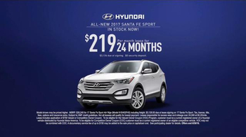 Hyundai Pay-cation Sales Event TV Spot, 'Tuscon & Santa Fe Sport' - Thumbnail 8