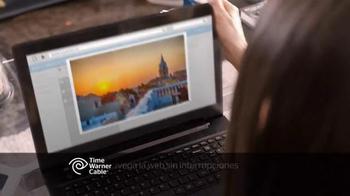 Time Warner Cable Internet TV Spot, 'Como' con Carmen Villalobos [Spanish] - Thumbnail 5