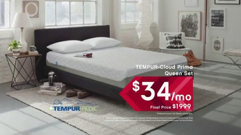 Ashley Furniture Homestore Columbus Day King for Queen Sale TV Spot, 'Save' - Thumbnail 6