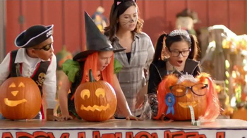 Chuck E. Cheese's Chucktober TV Spot, 'Costumes'
