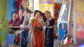 Chuck E. Cheese's Chucktober TV Spot, 'Costumes' - Thumbnail 7
