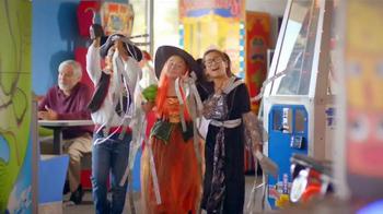 Chuck E. Cheese's Chucktober TV Spot, 'Costumes' - Thumbnail 7