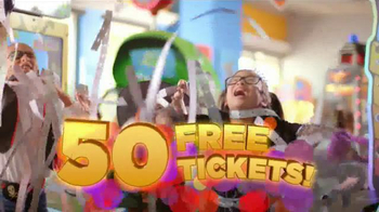 Chuck E. Cheese's Chucktober TV Spot, 'Costumes' - Thumbnail 9