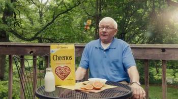 Cheerios TV Spot, 'Phil & Buzz' - Thumbnail 2
