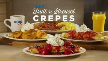 IHOP Fruit 'n Streusel Crepes TV Spot, 'A Single Mom's Reunion' - Thumbnail 5