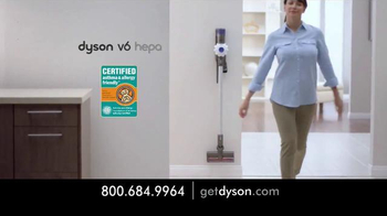 Dyson V6 Hepa Vacuum TV Spot, 'Small and Powerful' - Thumbnail 7