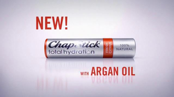 ChapStick Total Hydration TV Spot, 'Put Your Lips First' - Thumbnail 4