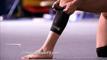 Copper Fit TV Spot, 'Prenda de compresión' Featuring Brett Favre [Spanish] - Thumbnail 4