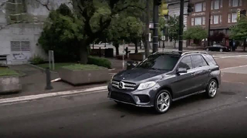 2016 Mercedes-Benz GLE TV Spot, 'Science Channel: Innovation' - Thumbnail 2