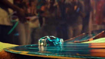 Anki OVERDRIVE TV Spot, 'Official Launch Party: Out Now' - Thumbnail 4