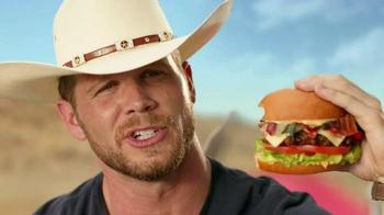 Carl's Jr. Tex Mex Bacon Thickburger TV Spot, 'Borderball' Feat. Elle Evans - Thumbnail 7