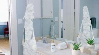 Gold Bond Healing Lotion TV Spot, 'Paper Dry Skin' - Thumbnail 3