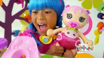 Lalaloopsy Babies Potty Surprise TV Spot, 'Magical Surprises' - Thumbnail 7