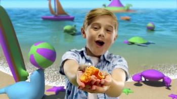 Kinetic Sand Float TV Spot, 'Paradise Island' - Thumbnail 3