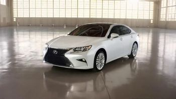 2016 Lexus ES TV Spot, 'A New Point of View' - 221 commercial airings
