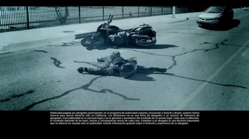 Los Defensores TV Spot, 'Accidente de motocicleta' [Spanish]