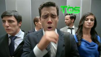 Tukol TV Spot, 'Tosiendo en el elevador' [Spanish] - Thumbnail 1