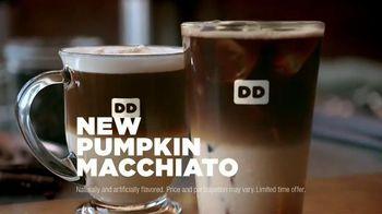 Dunkin' Donuts Pumpkin Macchiato TV Spot, 'Experience the Flavor of Fall'
