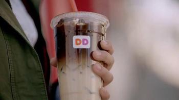 Dunkin' Donuts Pumpkin Macchiato TV Spot, 'Experience the Flavor of Fall' - Thumbnail 6