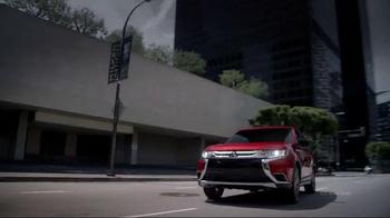 2016 Mitsubishi Outlander TV Spot, 'Directions' - Thumbnail 5
