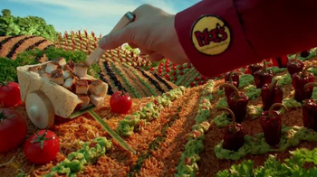 Moe's Southwest Grill Smokin' Chicken Bowl TV Spot, 'It's Hot' - Thumbnail 4
