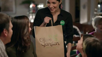Olive Garden Buy One, Take One TV Spot, 'Time is Running Out' - Thumbnail 7