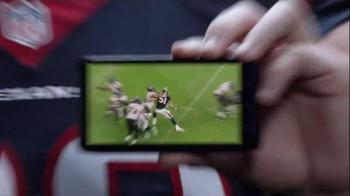 Verizon TV Spot, 'Smaller Hand' Featuring J.J. Watt - Thumbnail 3