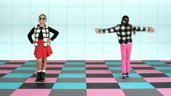 Target TV Spot, 'Cuadrícula chica' canción de Icona Pop [Spanish] - Thumbnail 6