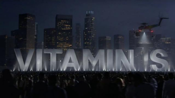 Centrum VitaMints TV Spot, 'Familiar Becomes New' - Thumbnail 3