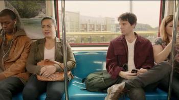 Kleenex TV Spot, 'Stop not Caring' - Thumbnail 4