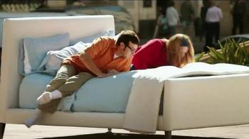 Downy TV Spot, 'Outside Smell Test' - Thumbnail 2