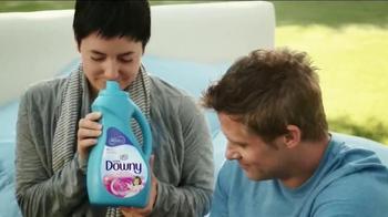 Downy TV Spot, 'Outside Smell Test' - Thumbnail 6