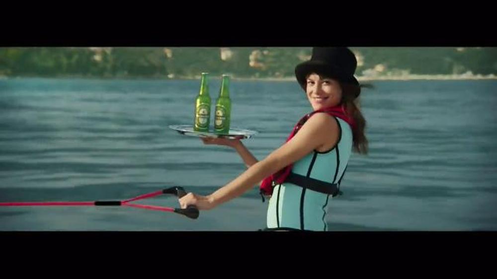 Heineken TV Commercial, 'The Chase' Featuring Daniel Craig