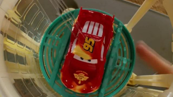 Disney Pixar Cars Ramone's Color Change Playset TV Spot, 'Spin and Spray' - Thumbnail 4