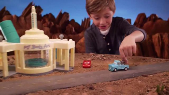 Disney Pixar Cars Ramone's Color Change Playset TV Spot, 'Spin and Spray' - Thumbnail 6