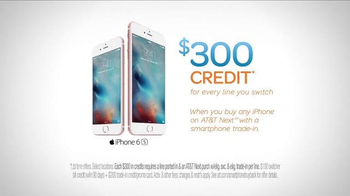 AT&T iPhone 6s TV Spot, 'Sort of Birthday' - Thumbnail 7