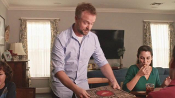 Pizza Hut Twisted Crust TV Spot, 'Kid's Table is Better Together' - Thumbnail 1